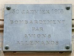 Bombaradement par avions allemands plaque - 81 boulevard Saint Michel, Paris (Monceau) Tags: paris plaque airplanes german bombs bombardment 1918 5tharr 81boulevardsaintmichel