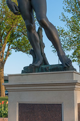 2015-05-08 19-50-19.jpg (Jerry7171) Tags: sculpture david statue bronze southdakota downtown unitedstates publicart michelangelo renaissance siouxfalls malenude fawickpark