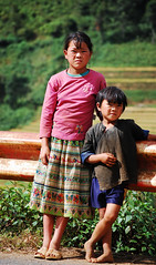 Ethnic Hmong children in Sapa, Vietnam (phuong.sg@gmail.com) Tags: poverty boy portrait people woman playing girl face kids female standing walking asian outside happy asia day vietnamese child dress northwest outdoor many traditional country hill poor young dirty vietnam clothes several trail growing hillside ethnic minority sapa hmong ethnical ethnicity villager indochina developing hagiang