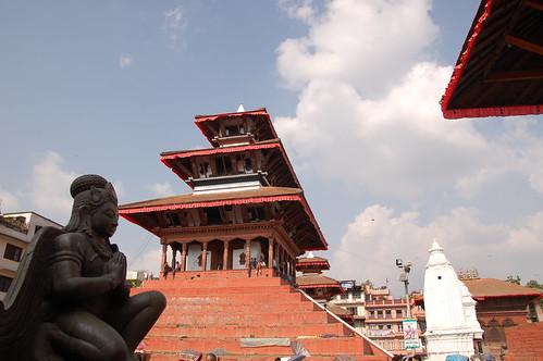 "d1 - Kathmandu - Durbar Square (32) <a style=""margin-left:10px; font-size:0.8em;"" href=""http://www.flickr.com/photos/125852101@N02/17688714980/"" target=""_blank"">@flickr</a>"