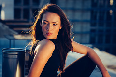 Jassica (ninaskripietz) Tags: portrait rooftop girl nikon pretty awesome shooting abendsonne soawesome cuzzle d700 kasselistschön thankyoujassica überdendächernvonkassel