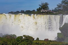 Iguaz 5 (Jos M. Arboleda) Tags: argentina canon eos agua jose 5d catarata iguaz cascada arboleda ef70200mmf4lisusm josmarboledac marlkiii