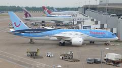 Thomson Airways Boeing 787-8 G-TUIA (Yvan Greenaway - SonicStar817) Tags: manchesterairport terminal2 b787 dreamliner 7878 boeing787 787dreamliner thomsonairways boeing7878 gtuia