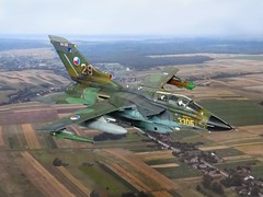 1:72 Panavia Tornado IDS, '3305 Yellow/NA-2B '29'' (former 43+59 of the German Luftwaffe) of the 20th fighter-bomber regiment, esk Letectvo (Czech Air Force, CzAF), Nm nad Oslavou AB, summer 2005 (Whif/modified Italeri kit) (dizzyfugu) Tags: photo pod fighter republic force conversion czech aircraft aviation air low attack level bomber tornado 141 interdiction 172 fictional ids nad ecm whatif allgu modellbau luftwaffe sps panavia reconnaissance whif oslavou esk bundesluftwaffe nm jbg34 czaf dizzyfugu letectvo kkr1