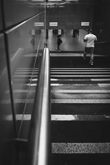 Grenzenlose Fhrungslinien (DOKTOR WAUMIAU) Tags: street blackandwhite berlin blackwhite nikon streetphotography wideangle ubahn ultrawide frankfurter blackandwhitephotography ishootraw tokina1116 d7200 vscofilm weilwirdichlieben missionfoto2016