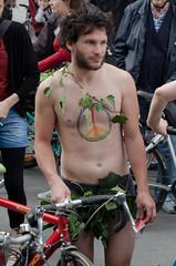 Adn (vienadirecto) Tags: vienna street urban calle bicicleta criticalmass urbano viena vienne bycicle 2016 fahrad viennanakedride