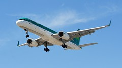 YYZ (posterboy2007) Tags: irish airplane aircraft boeing shamrock aerlingus yyz livery runway23 boeing757