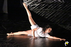 Ela Bailarina (Marcelo Seixas) Tags: show people ballet woman art love students girl beautiful muscles canon wow gold star dance ballerina bravo perfect arte dancing artistic action danza mulher young surreal best linda tanz barefoot balance performace lovely maravilhosa tones dana pieds jovem ballo roraima palco tons balletslippers perfeito boavista cady passo balet ballerinas balett apresentao maravilha bal espetculo pidi musculos perfeio balerina decalza descala ballerino descalza bailarino piedsnus danze piedinudi baletki scalza bailariana baletka baletky balletmoderno