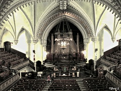 A church... on Sunday (67) (Jean S..) Tags: achurchonsunday church montral bench indoor light organ people