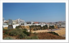 Playa de Albufeira- Portugal (Lourdes S.C.) Tags: costa portugal pueblos albufeira playas costaatlntica