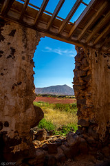 Vulcano View (DC P) Tags: old travel roof espaa color colour history abandoned window nature colors beautiful rock stone wall set clouds canon de landscape island volcano islands la casa los fantastic spain rocks paradise day colours afternoon with angle farm fuerteventura shed sunny canarias historic adventure espana abandon end l historical addicted canary rise quinta oliva isla soe hdr mirador vulcano volcanos vulkaan corralejo vulcanos  essenza bej slas coroneles vallebrn