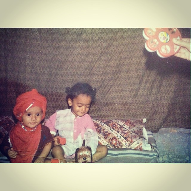 #InstaSize #happy #sibling #day #picoftheday #picture #2 #instadelhi #olddelhi #puranidili #swag #Punjabis #delhigram #delhi_igers #90th #baby