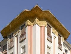 Casablanca (JP2H) Tags: building architecture modern arquitectura edificio modernism moderne artnouveau maroc architektur artdeco bau architettura modernismo moderna modernisme episzeti