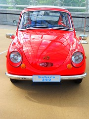 Subaru 360 De Luxe (Transaxle (alias Toprope)) Tags: auto autos car cars coche coches classic classics oldtimer vintage historic exotic exotics bella macchina soul beauty power toprope nikon european automobil international leipzig 2012 ami saxony clasico clasicos motorklassik klassik kleinkraftwagen kraftfahrzeuge japanese lover japanesecarlover