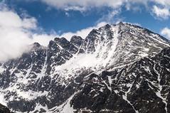 DSC00363 (::Krzysiek::) Tags: winter cloud snow mountains landscape landscapes top peak valley summit slovensko zima gry dolina tatry nieg chmury szczyt highmountains krajobraz przecz slovenskrepublika sowacja kowado tatrywysokie tatrysowackie niebosky koczysta dolinazomisk gra stwolskaprzecz