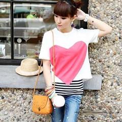 กระเป๋าสะพายข้าง แฟชั่นเกาหลี สวยใบเล็กแนววินเทจ นำเข้า สีน้ำตาล - พรีออเดอร์IS953 ราคา675บาท http://ow.ly/uRGPq กระเป๋าสะพายข้างกระเป๋าอินเทรนด์ใหม่แบบสะพายสายถักสไตล์เก๋ แบบกระเป๋าเล็ก ดีไซน์เก๋วินเทจแต่งดอกไม้หรู ฝาปิดด้วยสไตล์บิด ทรงแข็งสวยแบบอินเทรนด