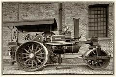 Navigator in Liverpool (Jeffpmcdonald) Tags: uk liverpool steamroller navigator steamengine fowler 1929 roadroller nikond7000 jeffpmcdonald may2016
