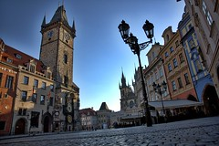 Old Town Square, Prague! (kekaneshrikant) Tags: old morning sun canon square early town republic czech prague may praha czechia 2016 1585 canon450d