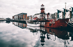Dundee (Bruce_Anderson_) Tags: dundee boat water reflection scotland landscape sea city buildings canon river tay ship