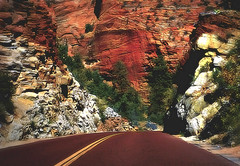 Highway to hell (Do Gon) Tags: road median yellow yellowline rocks mountains arizona utah grandcanyon sandstone midwest colorado tries red green maroon bend hill downhill landscape travel