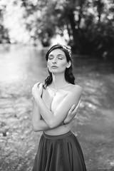 Tiphaine (Anas Nannini) Tags: light portrait bw woman nature beauty 50mm bokeh nb jupe mode nikond810
