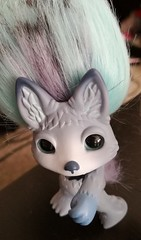 howlie close (meimi132) Tags: zelfs zelf series6 cute adorable trolls howlie grey wolf dog paws