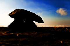 Chun Quoit (Hanzlers Warped Visions) Tags: monument stone standing way ancient cornwall power pointer magic chun mysterious pointing magical mystic timeless stoneage ironage quoit