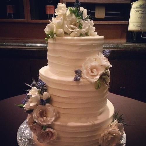 Send Cakes To Dallas