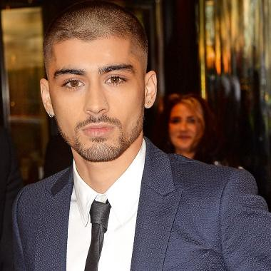 ZAYN MALIK and Louis Tomlinson are fighting on Twitter