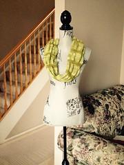 Matinee ~ Peridot Cowl ~ Finished (Pointe Shoes Punk Rock And Purl Pix) Tags: knitting cthulhu sundara merinosilkblend pointeshoespunkrockandpurl somanyvicessolittletime karinbonravelry keibdesigns dragoncareproducts