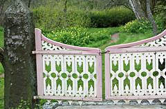 into the enchanted garden (rosipaw) Tags: garden gate entrance 52in2015