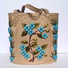 BlueBells (JayCatt2220-ONESIXFURNITURE) Tags: vintagepurse vintagestrawtote kitschystrawtote