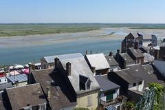 Baie de Somme (denismartin) Tags: sea france beach river village seashore channel manche picardie somme baiedesomme saintvalerysursomme villag denismartin nordpasdecalaispicardie hautdefrance