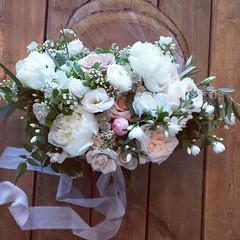 bridal bouquet (Flower 597) Tags: centerpiece corsage weddingflowers weddingceremony boutonniere bridalbouquet weddingbouquet weddingflower floralcrown weddingflorist ceremonyarch flower597 torontoweddingflorist