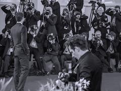 celebrita (conteluigi66) Tags: mostra cinema venezia redcarpet fotografi attore posa modello attori modella giornalisti tappetorosso luigiconte