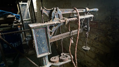 (Capt' Gorgeous) Tags: weighing scales machine iron hampshire ampfield farm