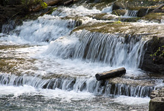 when will it go (Dave_A_H) Tags: americanfalls log waterfall nikon d7100
