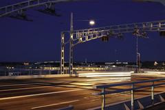 Götaälvsbron (www.iwip.eu) Tags: city bridge light night göteborg movement construction sweden