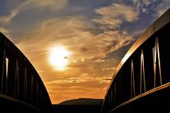 Setting Sun (Charles Dawson) Tags: newport