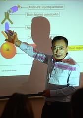 Dr. Ning Liu explaining Bio-Plex, Moscow, Russia (Damon Tighe) Tags: liu europe russia moscow ning biorad москва россия bioplex