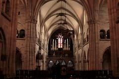 Orgel - Kirchenorgel des Basler Münster ( Kirche - Church - Eglise - Chiesa -  spätromanisch - Neubau um 1180 – 1230 ) in der Stadt Basel im Kanton Basel Stadt in der Schweiz (chrchr_75) Tags: chriguhurnibluemailch christoph hurni schweiz suisse switzerland svizzera suissa swiss chrchr chrchr75 chrigu chriguhurni 2015 mai albumzzz201505mai hurni150503 albumstadtbasel baselstadt stadtbasel kantonbaselstadt stadt city ville シティ by 城市 città город stad ciudad albumkirchenorgelnderschweiz kirche kirchenorgeln kirchenorgel orgel organ organe urut orgán organo 臓器 órgão órgano church musik music musikinstrument instrument chiuche iglesia kirke kirkko εκκλησία chiesa 教会 kerk kościół igreja церковь eglise albumkirchenundkapellenimkantonbaselstadt kirchebaselstadt église temple