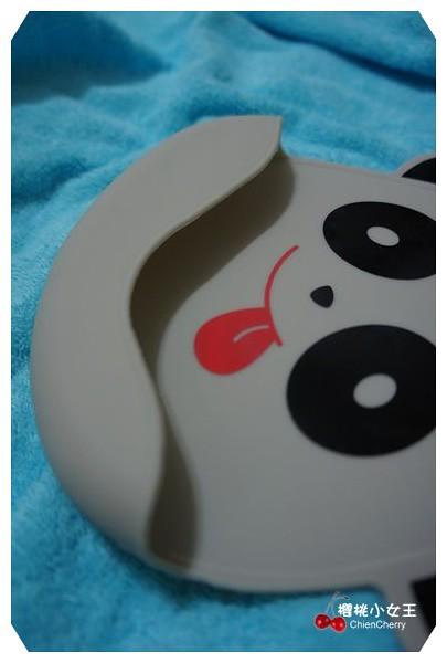 Creative Baby可收納式攜帶防水一體成形立體防漏口袋無毒矽膠圍兜兜