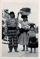 Costumes de Portugal ( Portimagem) Tags: praia portugal postcard postal historia nazar pescadores folclore tradies patrimnionacional costumesdeportugal
