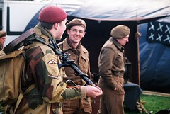 Back at Base- Rufford thru the ages 2016 (the.photo.joe) Tags: ww2 reinactment soldier war world 2 35mm commando paratrooper gun beret para minesweeper mine detector canon eos fuji