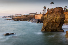 Rock in Sunset Cliffs [Explored] (Photos By Clark) Tags: california houses mist water rocks unitedstates pacific sandiego cities places location cliffs palm where northamerica sunsetcliffs lightroom locale canon2470 canon60d