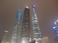 Tallest buildings in Shanghai at Night (Daniel Brennwald) Tags: china skyscrapers shanghai pudong jinmaotower lujiazui shanghaitower shanghaiworldfinancialcenter