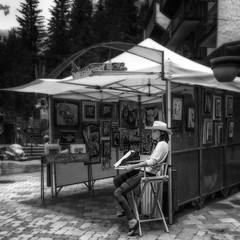 Vail CO Arts Festival Exhibitor (1mpl) Tags: colorado vail travelphotography niksilverefexpro iphoneography iphonese