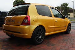 LY 182 28-06-16 002 (AcidicDavey) Tags: yellow clio renault liquid 182 renaultsport