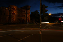 PortaNigra 016 (ollicrusoe) Tags: roman porta nigra trier trevis germany night available light trails