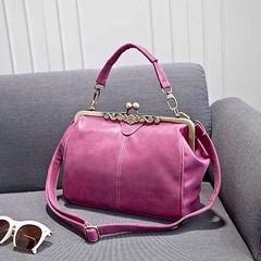 กระเป๋าสะพายข้าง แฟชั่นเกาหลี สวยใบเล็กแนววินเทจ นำเข้า สีน้ำตาล - พร้อมส่งIS953 ราคา675บาท http://ow.ly/uRGPq กระเป๋าสะพายข้างกระเป๋าอินเทรนด์ใหม่แบบสะพายสายถักสไตล์เก๋ แบบกระเป๋าเล็ก ดีไซน์เก๋วินเทจแต่งดอกไม้หรู ฝาปิดด้วยสไตล์บิด ทรงแข็งสวยแบบอินเทรนด์ม